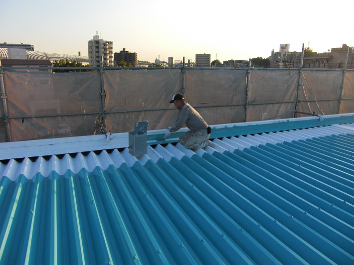 折版屋根上塗り