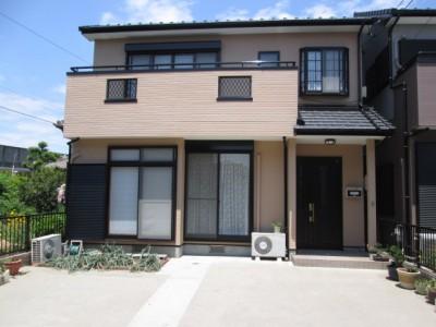 こちらのH様邸は、レインボーペイント最初のお客様で、新築時より15年してからのご依頼で、1階和室窓...