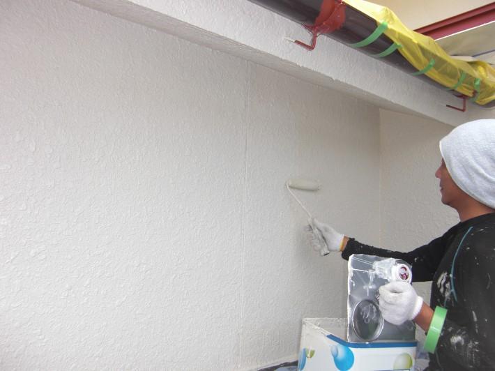 外壁 上塗り2回目 水性セラミシリコン