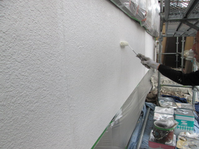 【外壁モルタル部分】下塗り