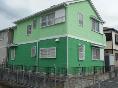 こちらのA様邸は、レインボーペイント最初の営業活動のお客様で、新築時より20年してからのご依頼で、...