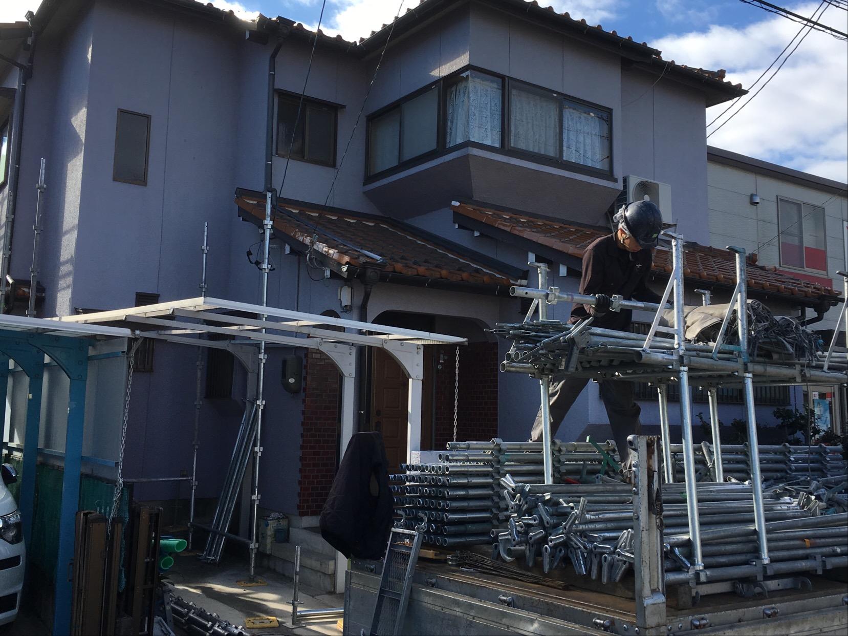 春日井市高山町で外壁塗装・漆喰塗り工事着工です。