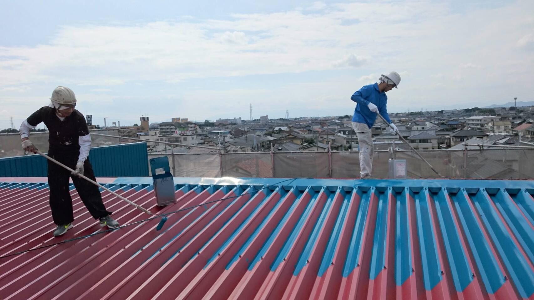 ブルーの屋根塗装