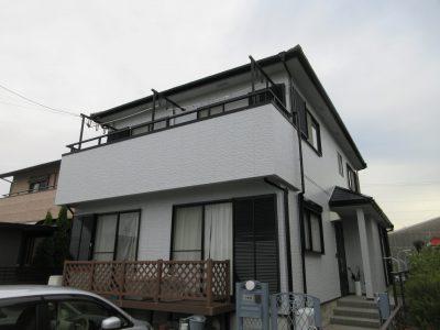 春日井市大手町N様邸の外壁・屋根塗装のご紹介です。築16年でそろそろ塗り替え時期かな?と思いお問い...