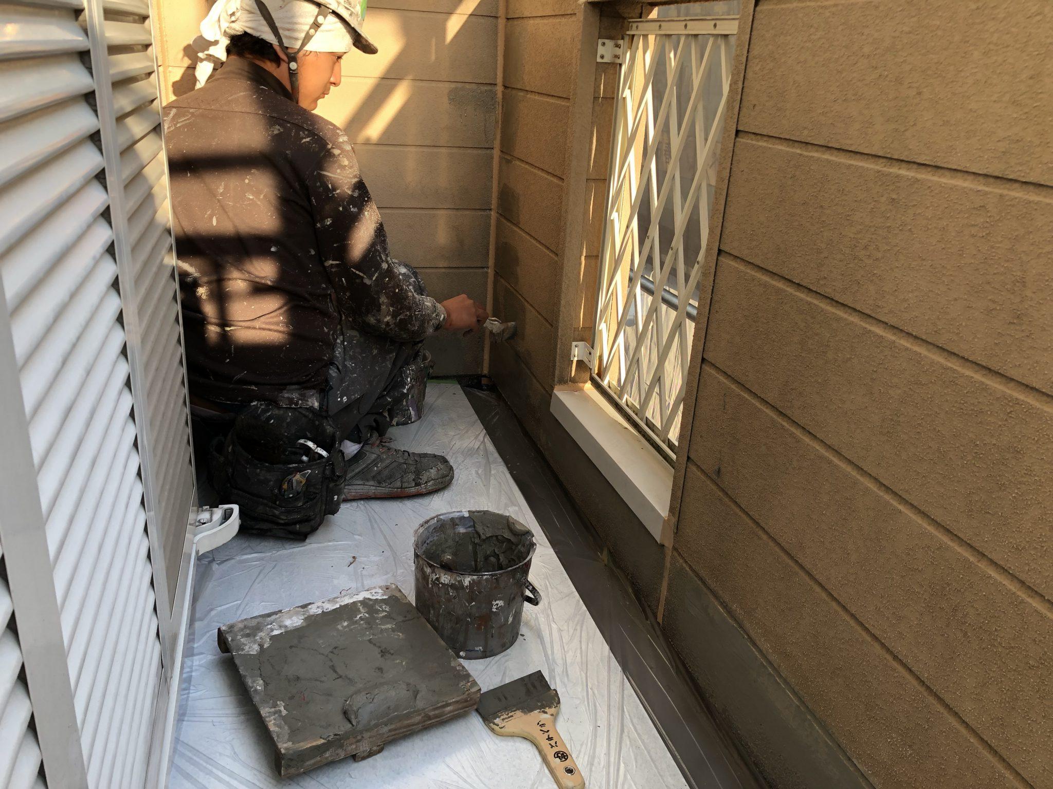 外壁塗装の雨漏り・塗膜剥離補修