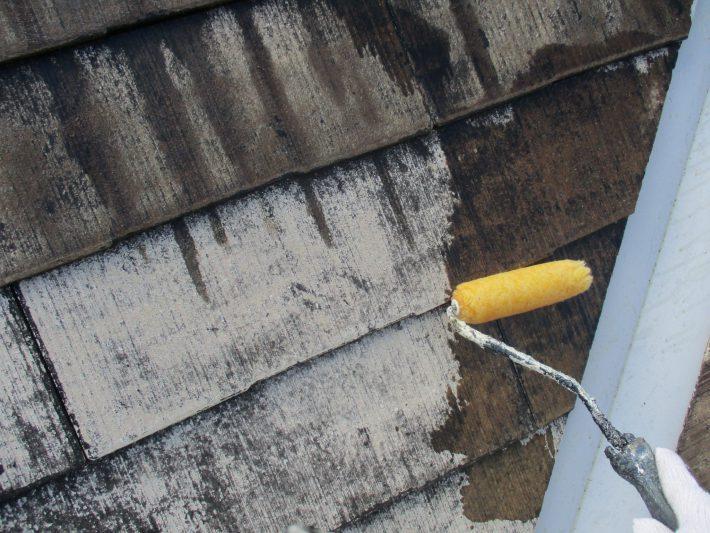 下塗り2回目 吸い込みが激しい為2回塗りします。