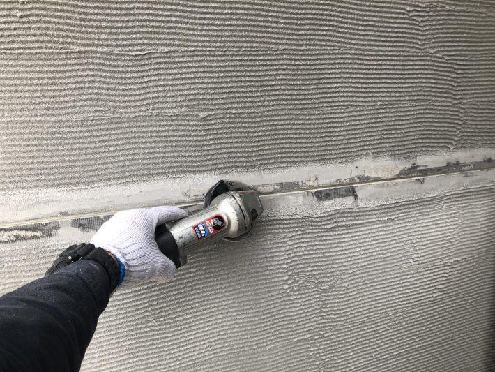 サンダーケレン 浮いている塗膜を除去します。