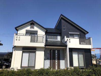 春日井市桃山町G様邸の外壁・屋根塗装のご紹介です。 築13年で色褪せや外壁クラックなどがあり、そろ...