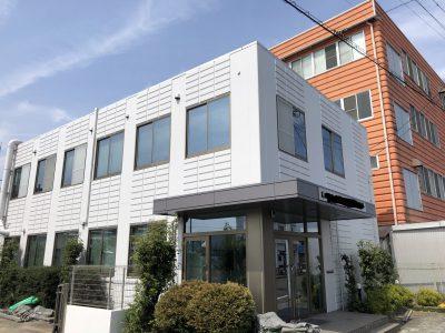 春日井市勝川町西 A社様社屋の外壁・屋根塗装のご紹介です。築22年で初めての塗り替えです。お見積り...
