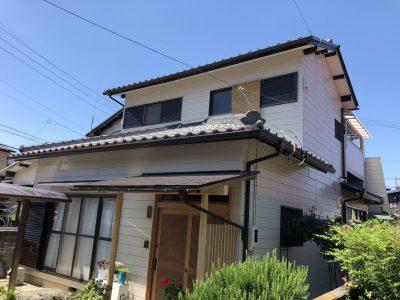 春日井市前並町Y様邸の外壁塗装・修繕工事のご紹介です。Y様は事務所に歩いてご訪問頂きました。近く...