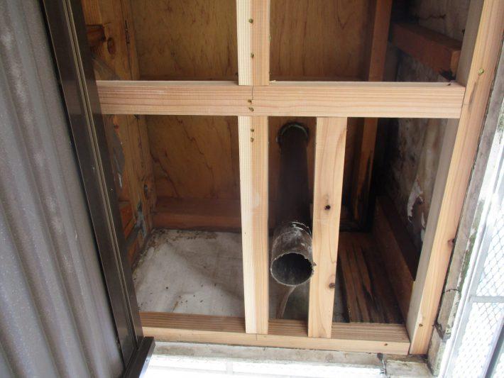 下地木部補修をし、外壁サイデングの浮き補修も行う事ができました。