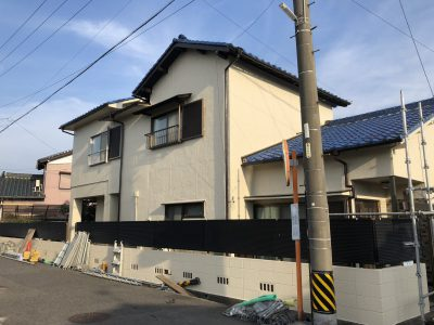 春日井市町屋町 M様邸のご紹介です。築50年で20年前に1度塗替えされており、今回で2回目の塗り替えにな...