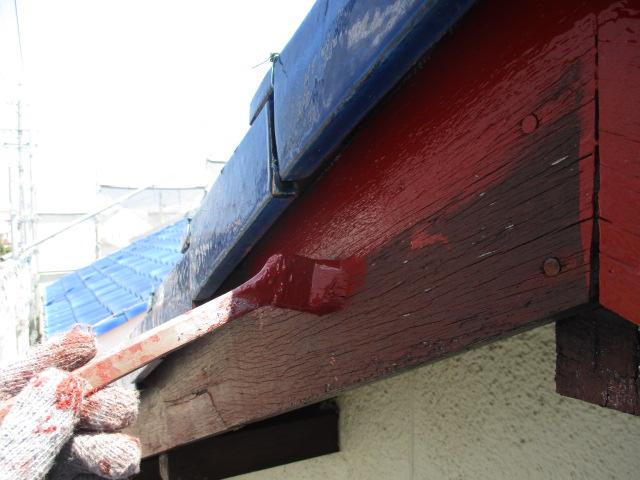 下塗り 下地の状態が悪い為吸い込み止めです。