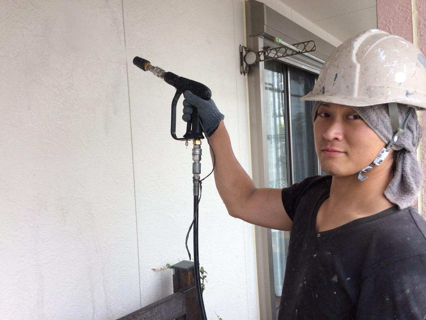 外壁塗装 雨