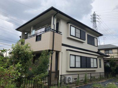 尾張旭市U様邸の外壁・屋根塗装のご紹介です。 14年前に塗り替えをされていて、今回は2回目の塗り替...