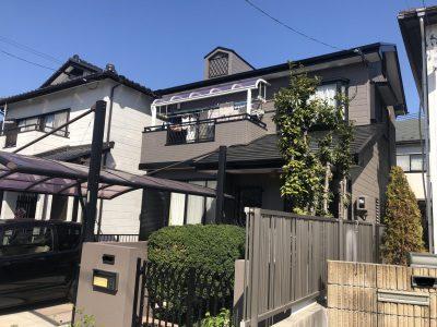 春日井市朝宮町I様邸の外壁・屋根塗装のご紹介です。 築25年で2回目の塗り替えになります。以前の塗...