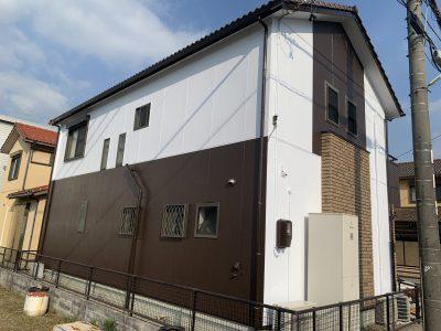 春日井市知多町 U様邸の外壁塗装のご紹介です。 築17年で初めての塗り替えになります。北側の汚れ、...