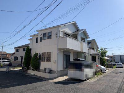 春日井市知多町 I様邸の外壁・屋根塗装のご紹介です。 築13年で初めての塗り替えになります。外壁サ...