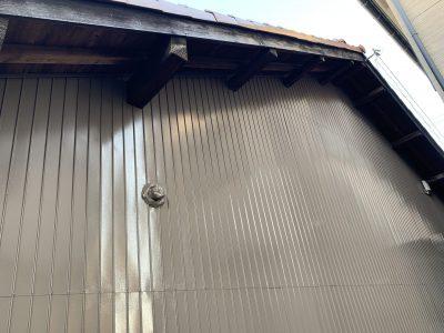 春日井市八田町 T様邸 外壁塗装工事のご紹介です。 築30年で初めての塗り替えになります。平屋の建...