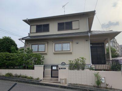 春日井市中央台 U様邸の外壁・屋根塗装のご紹介です。 築7年で初めての塗り替えになります。長めの...