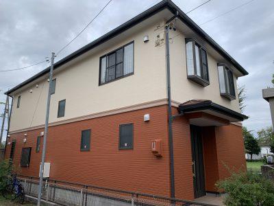 春日井市下屋敷町 S様邸の外壁・屋根塗装のご紹介です。 築13年で初めての塗り替えになります。工事...