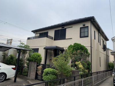 春日井市稲口町 T様邸の外壁・屋根塗装のご紹介です。 築25年で2回目の塗り替えになります。セキス...