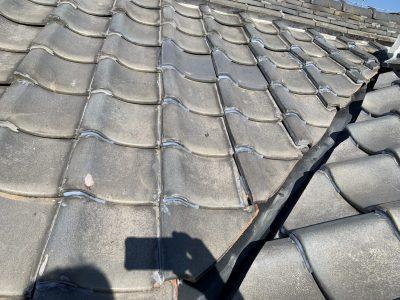 春日井市知多町 S様邸 屋根補修工事のご紹介です。 先日の台風のときに雨漏りがしたと、お問合せを...