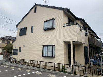 春日井市出川町 K様邸の外壁塗装のご紹介です。 築22年で初めての塗り替えになります。サイディング...