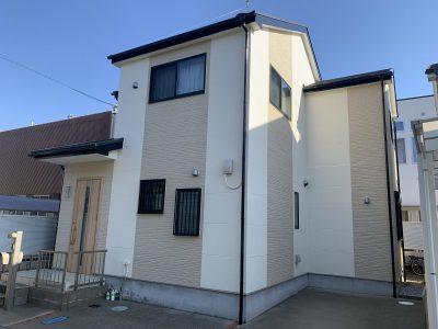 春日井市如意申町 T様邸の外壁・屋根塗装工事のご紹介です。築9年で初めての塗り替えになります。コ...