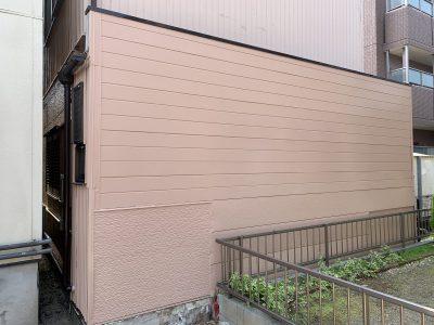 春日井市稲口町T様邸の外壁部分塗装のご紹介です。裏面の一部塗装でしたが、高圧洗浄・シーリング・下...