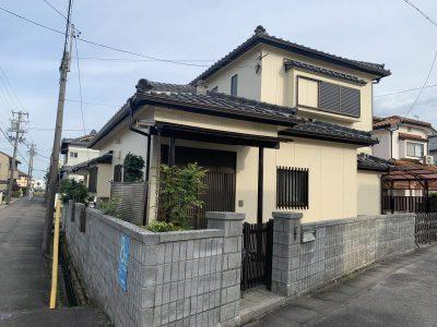 春日井市西屋町 N様邸の外壁塗装のご紹介です。築30年で2回目の塗り替えになります。お仕事帰りに当...