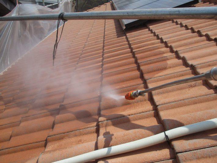 高圧洗浄2回目 劣化した脆弱なスラリー層を完全に除去するため、2回高圧洗浄をします。